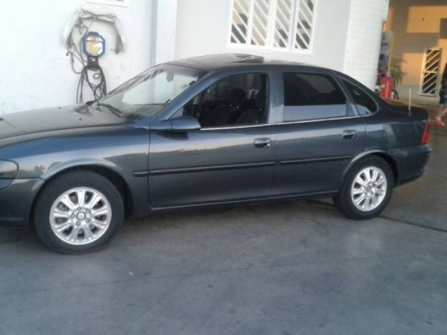 vectra sedan cinza 1997 - chevrolet - são josé do rio preto cód.1126098 tem usados